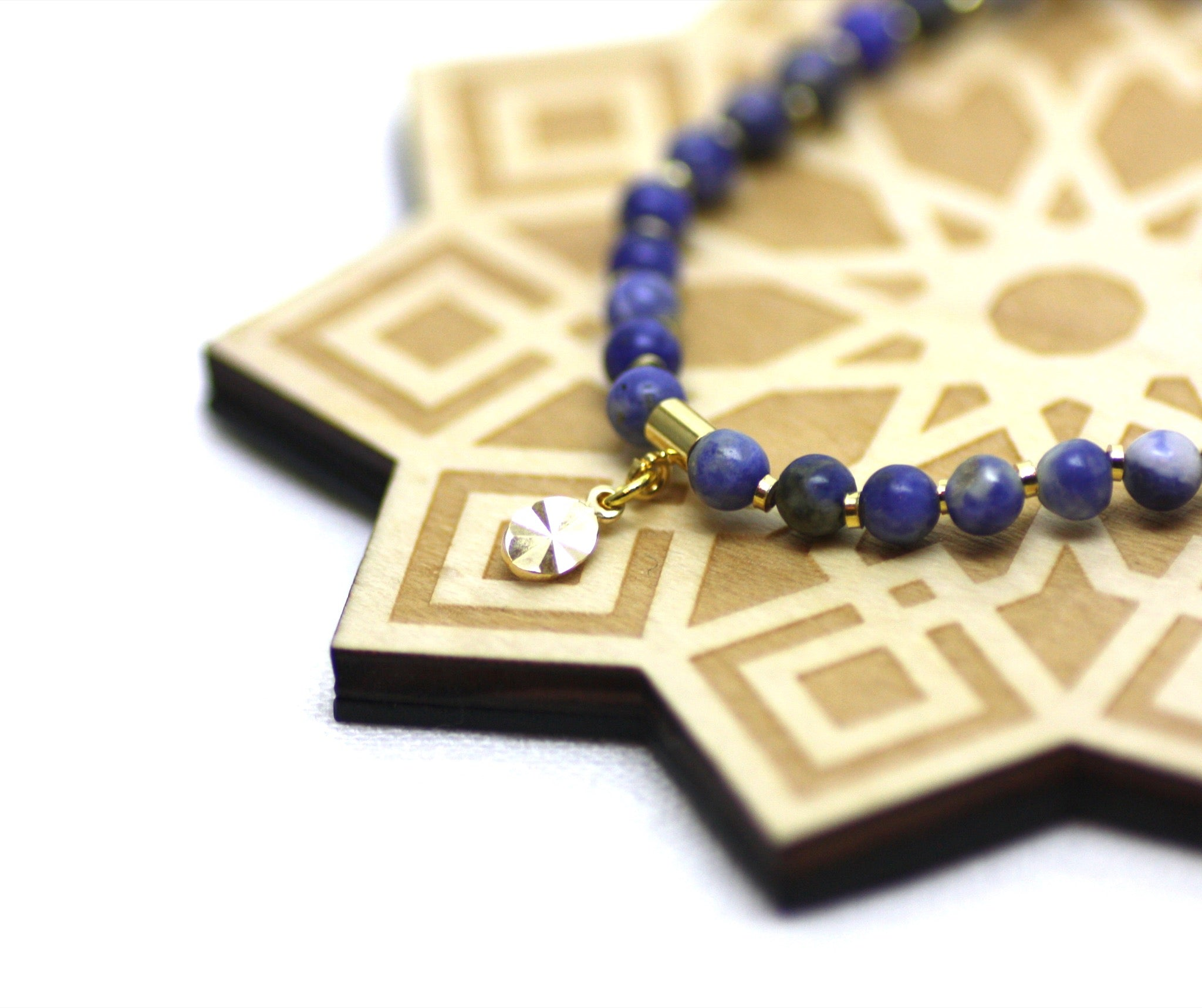Sodalite and Gold Wrist Tasbih