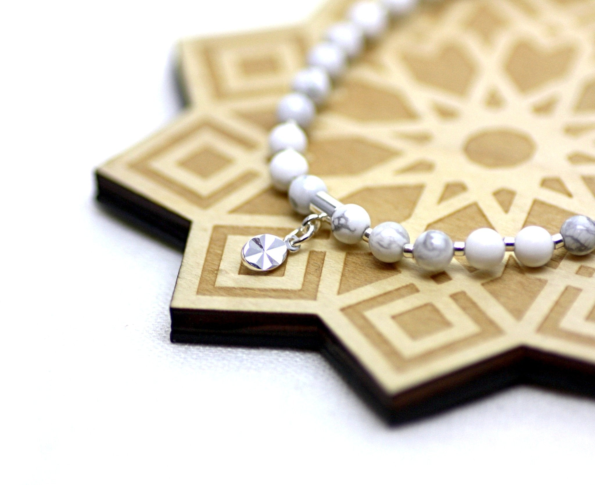White Howlite and Silver Wrist Tasbih