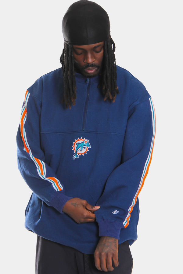 90'S NFL MIAMI DOLPHINS NAVY WITH CLASSIC COLOUR WAY STRIPED SLEEVE 1/4 ZIP SWEATSHIRT (L)