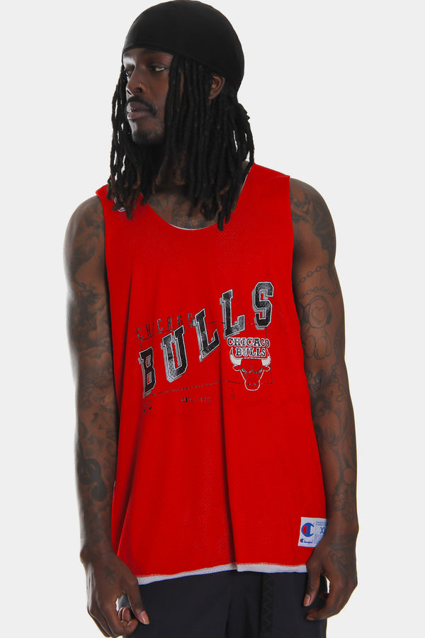 90'S NBA CHAMPION CHICAGO BULLS SPELLOUT DISTRESSED PRINT JERSEY (X-LARGE)