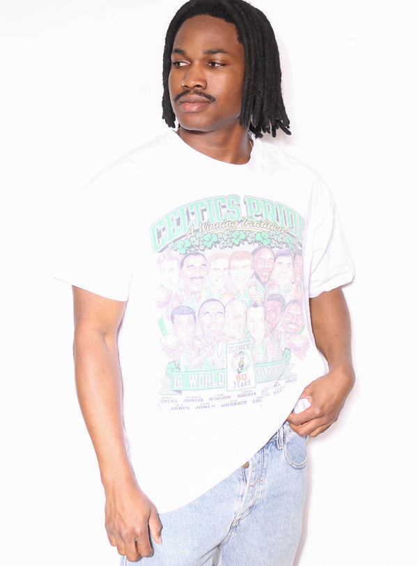 00'S BETTY BOOP SPECIAL LADY EMBROIDERED TEE *SMALL MARKS THROUGHOUT* (LABELLED X-LARGE FITS XX-LARGE)