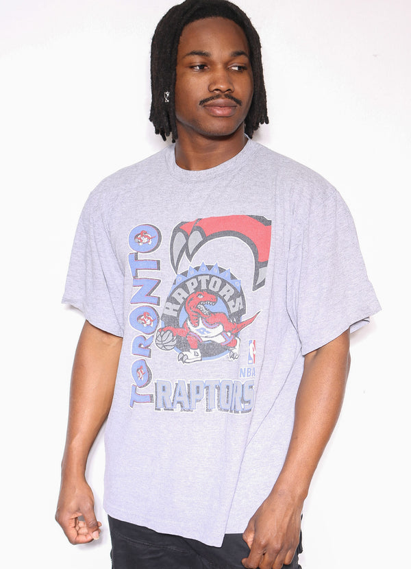 90'S WASHINGTON RED SKINS DISTRESSED BIG HELMET & STAR CREST CROP TEE (L) *NO SIZE TAG & DISCOLOURATION THROUGHOUT