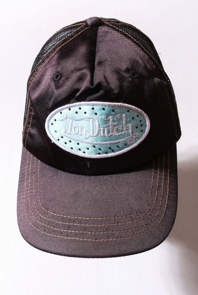 90'S NIKE GREY WITH BLACK LOGO TEE (LABELLED MEDIUM FITS LARGE)
