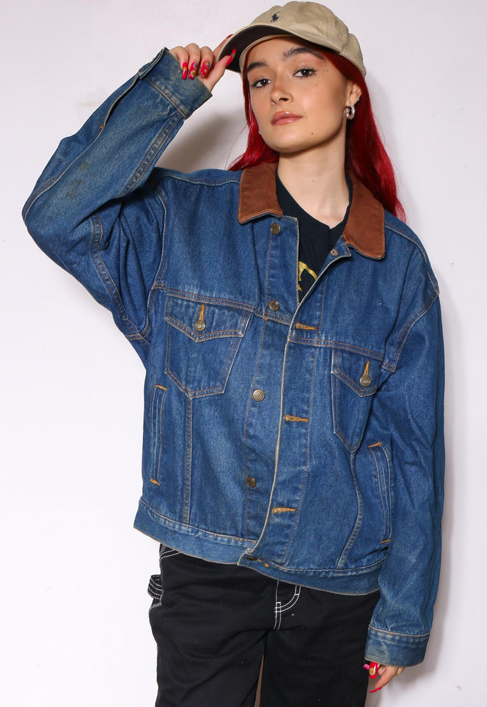1998 NEW WORLD ORDER BLACK WITH WHITE TEE *MISSING TAG* (FITS LIKE LARGE)