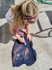 Mother's Day Activity - girl designing her shirt