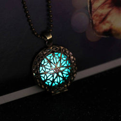 Steampunk Antique Bronze Magic Round Locket Glow In The Dark Pendant Necklace Glowing Luminous Vintage Hollow Necklace FEAL N282