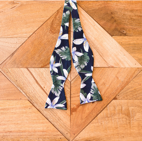 M A T A I | | Self-Tie Bow Tie