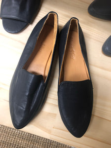 Leather Loafer in Navy