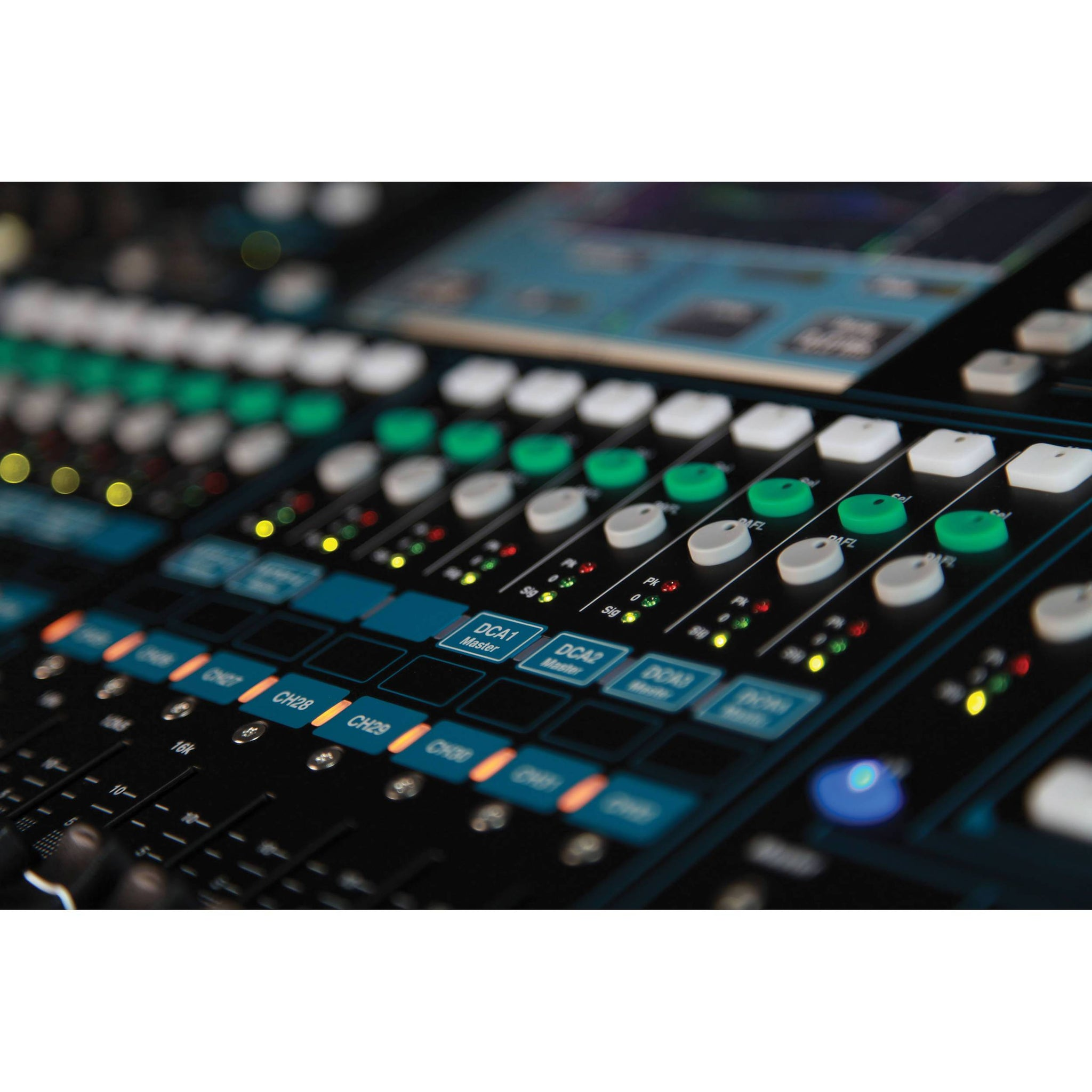 Allen & Heath Qu-32C Digital Mixing Console