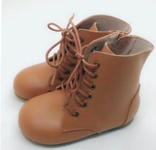 Voyager Boot hard sole - Tan