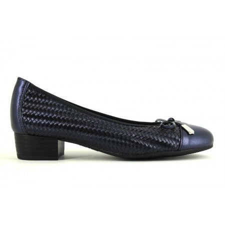 Pitillos 5044 Navy Court Shoes