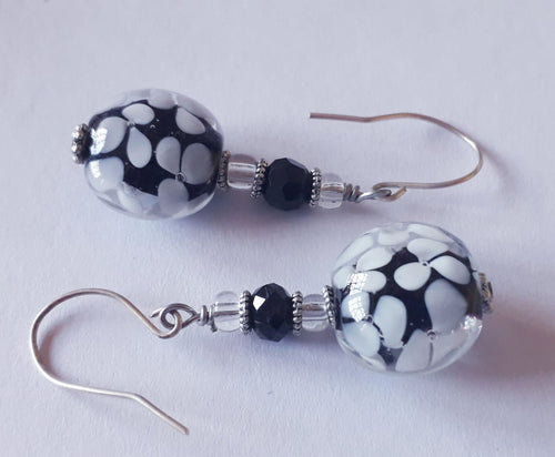 Black and White Crazy Daisy Earrings