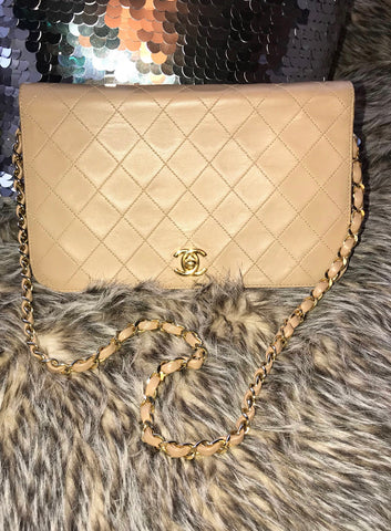 BEIGE CHANEL SINGLE FLAP HANDBAG, SMALL