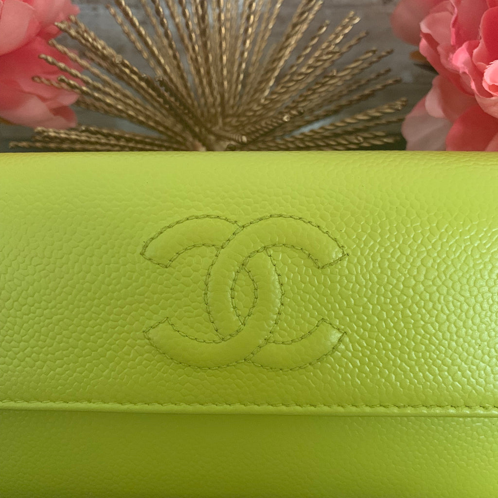 CHANEL CC Clutch wallet with crossbody chain