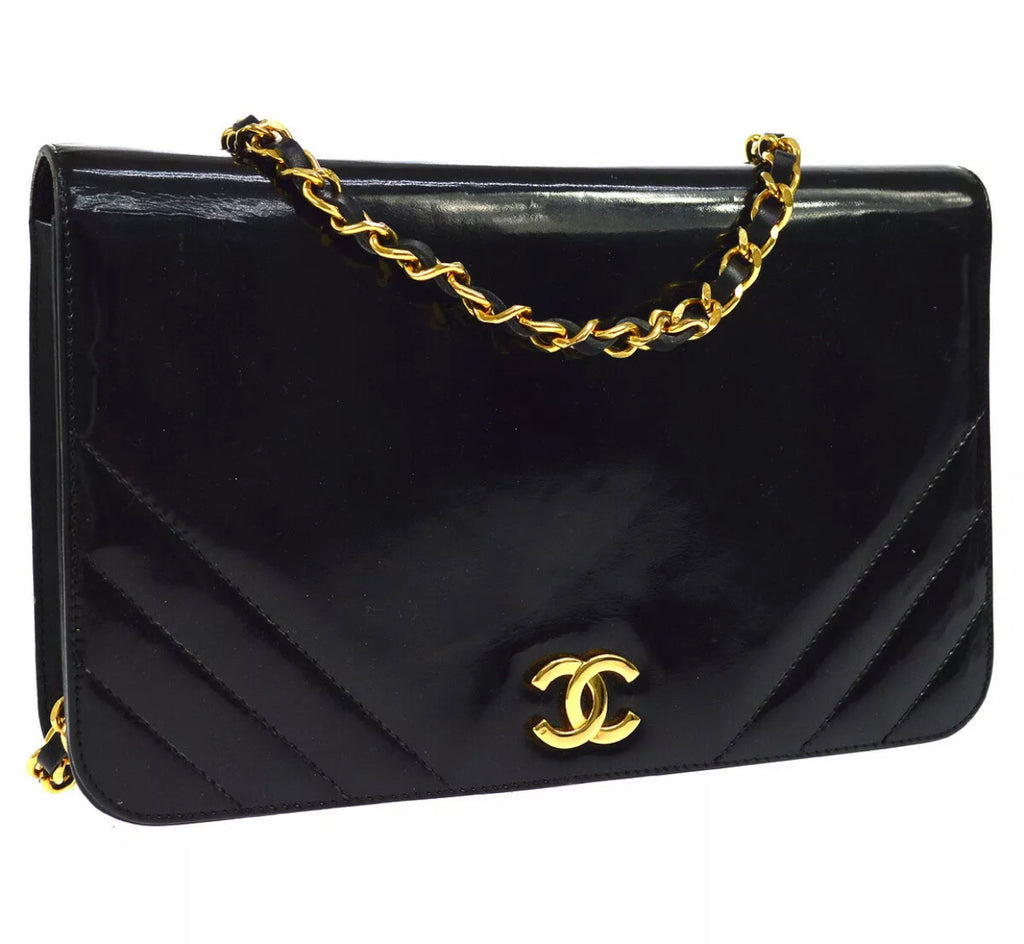 Vintage CHANEL Patent Single Flap Bag