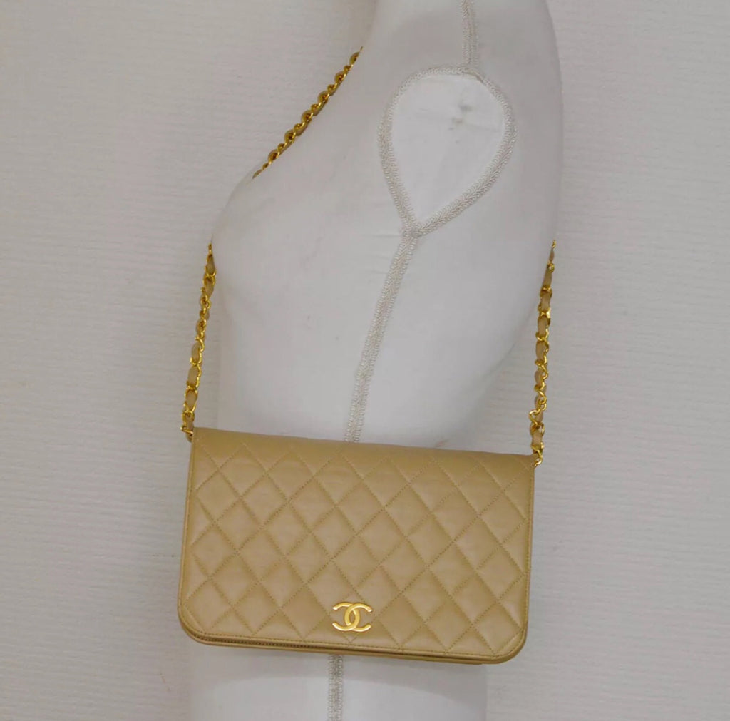 Vintage CHANEL Beige Timeless Flap Bag