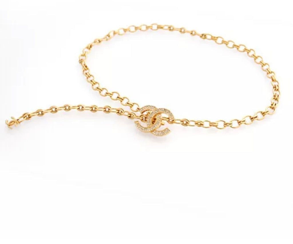 Vtg CHANEL Gold & Crystal CC Logo Chainbwlt