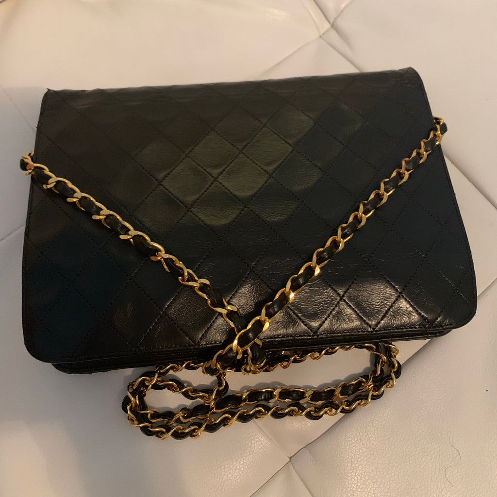 Vtg CHANEL Timeless Flap Bag, Medium