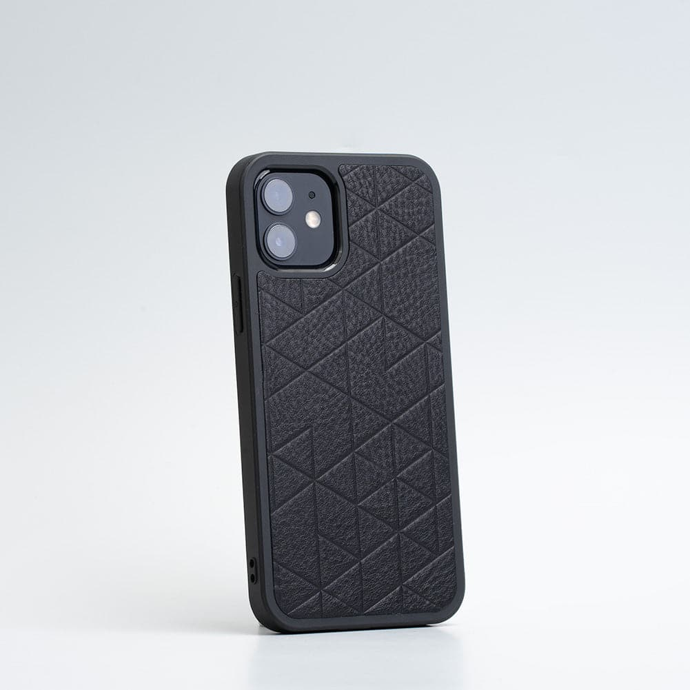 geometric iphone 12 case with magsafe