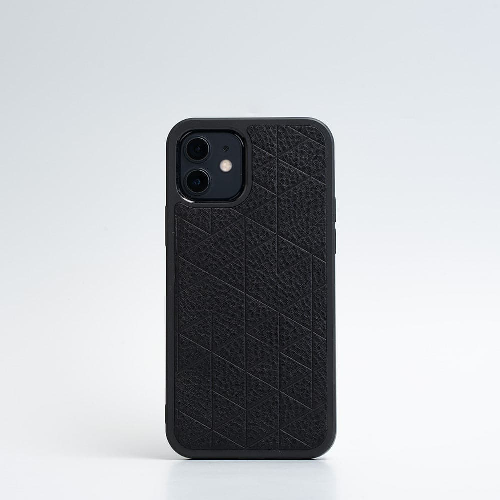 geometric iphone case with magsafe