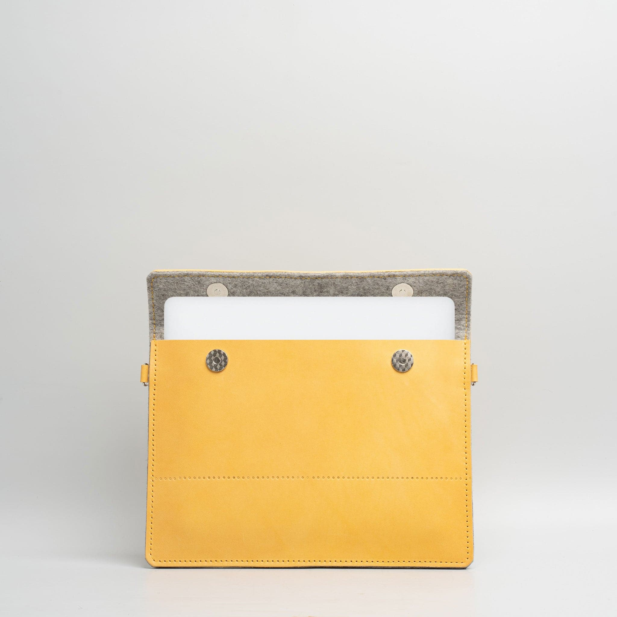 macbook pro 13 leather case