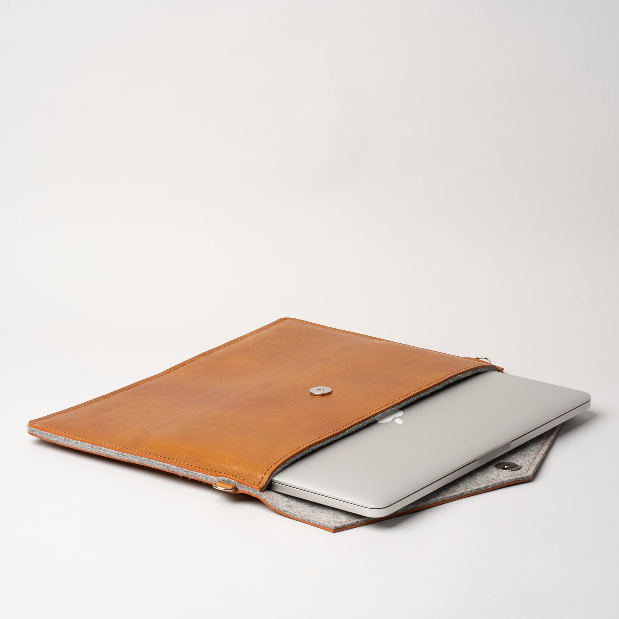 macbook pro 13 leather sleeve