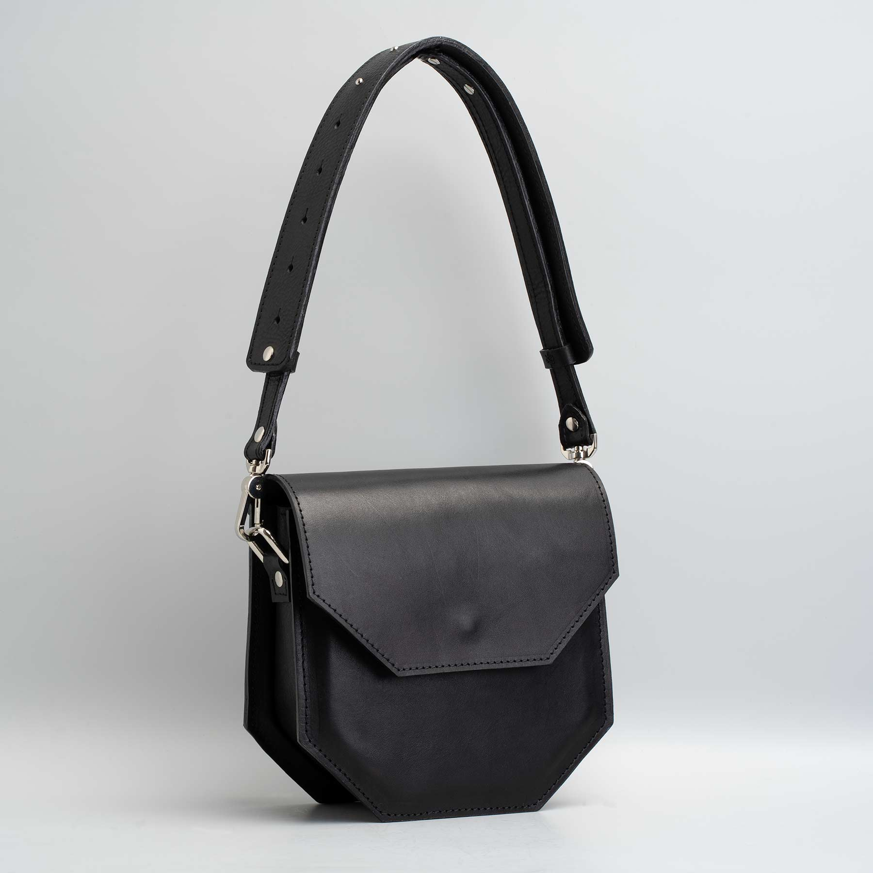 shoulder bag leather black