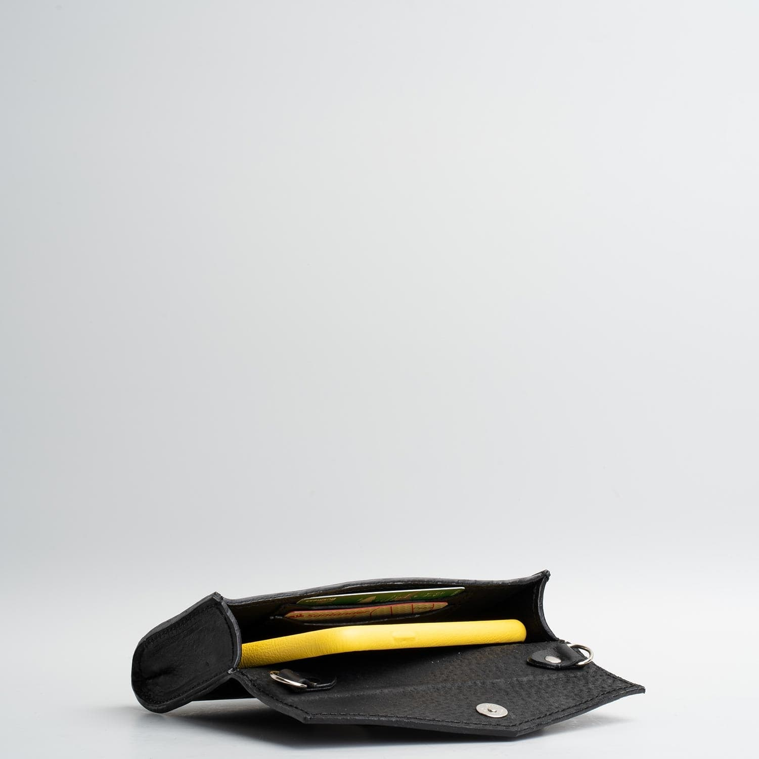 small womans leather waist bag