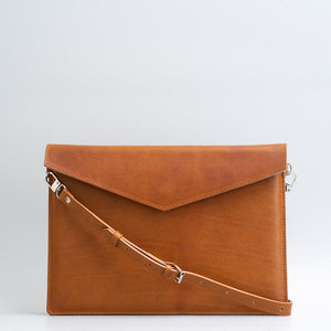 tan leather macbook sleeve