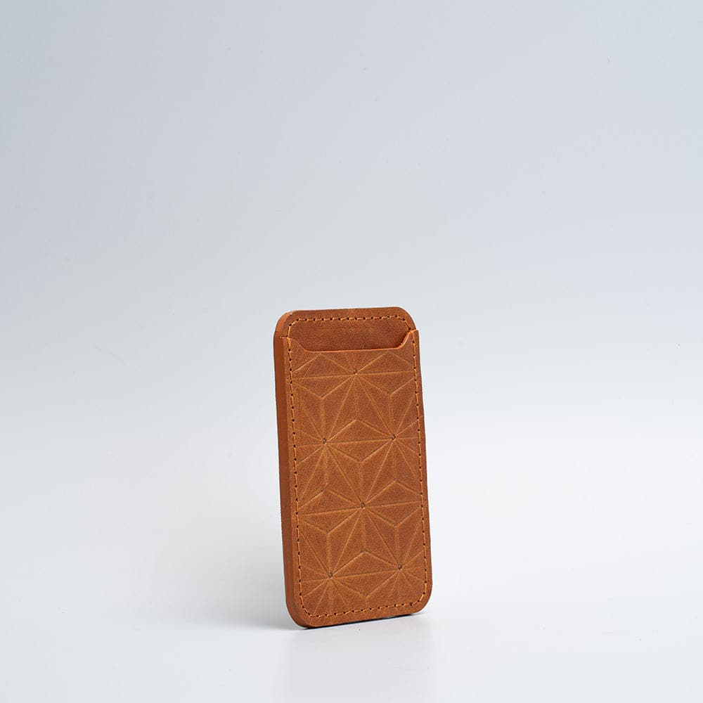 tan leather wallet with magsafe