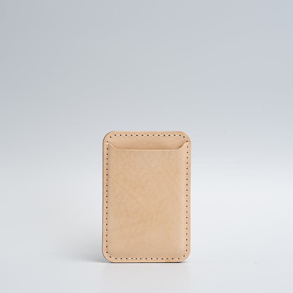 vegetable tanned magsafe wallet