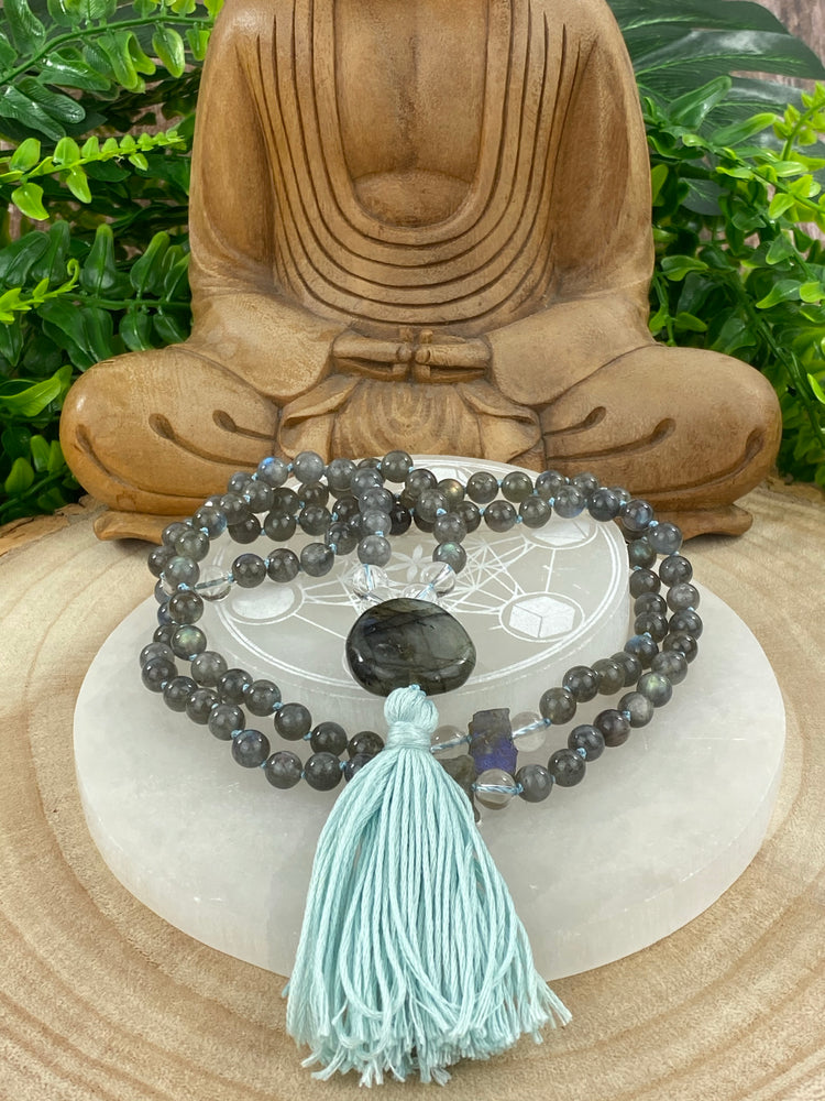 'The Voyager' Mala