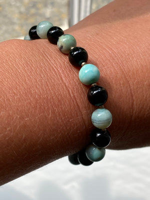 Blue Agate and Onyx Bracelet