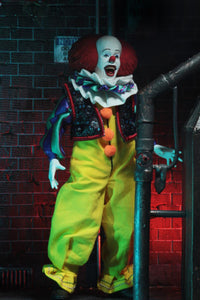 Stephen King's IT 1990 Pennywise Clothed Action Figure