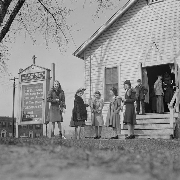 1943 Washington, D.C. People leaving the Firt Wesleyan Methodist church after services H32