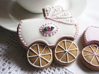 10 Pram Baby Shower Biscuits