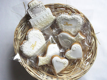 Personalised Wedding Biscuit Gift Basket