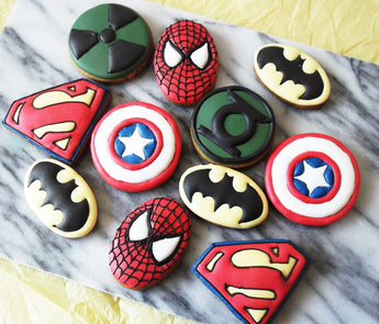 Superhero cookies / Children`s Party Favours 10 biscuits