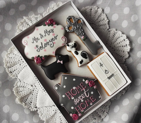 Personalised Housewarming Biscuit Gift Set