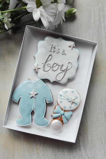 It`s a boy baby gift box
