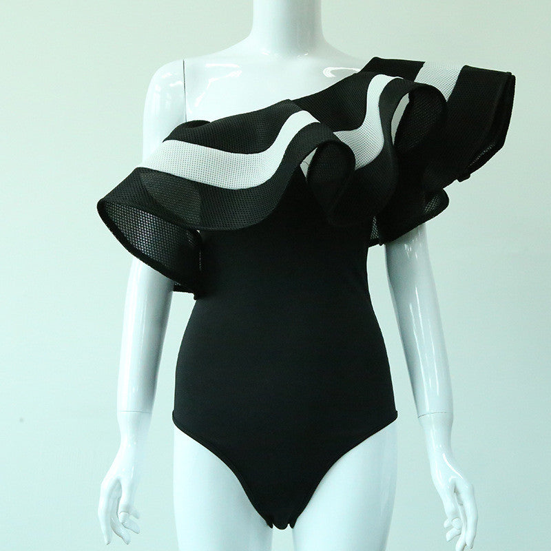 Wavy Splice Off the Shoulder One-piece Swimsuit