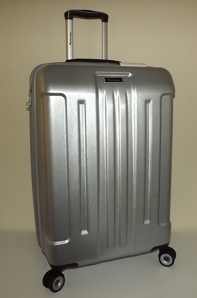 "Pathfinder 29"" 4 Wheel Spinner Luggage Silver"