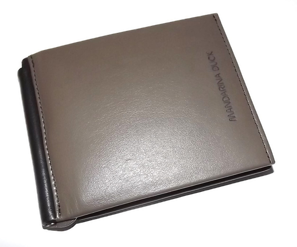 Mandarina Duck Men's Italian Leather Bifold 8 Pocket Wallet Interior Money Clip