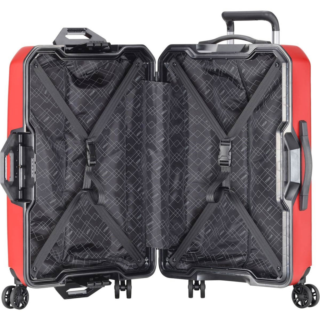 "Titan Prior 27"" 4 Wheel Spinner Luggage Interior"