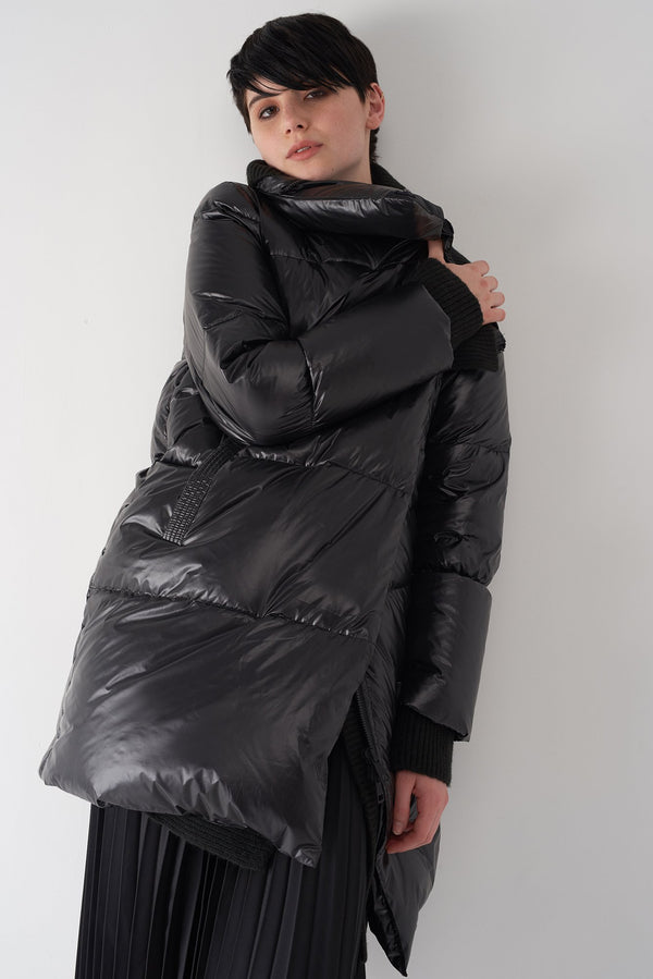 GEN BLACK - Detachable Knit Collar Puffer