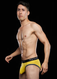 Nikko Brief: Yellow