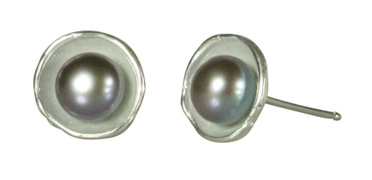 Small Dishy Earrings with Pearls Post