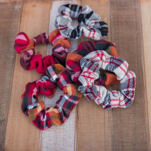 Peppermint Plaid Scrunchie Hair Tie