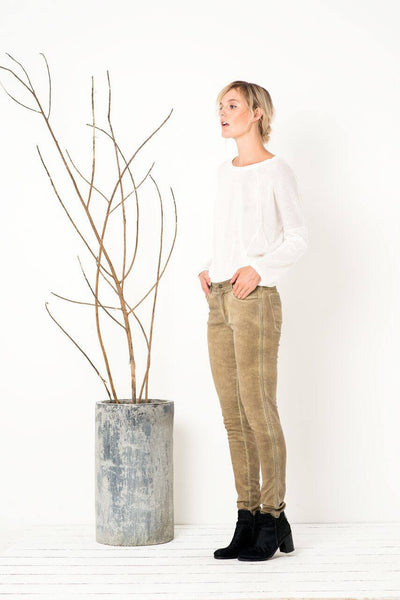 Love on the Run Skinnies in Washed Olive