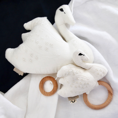 CAM CAM Swan Rattle Off White